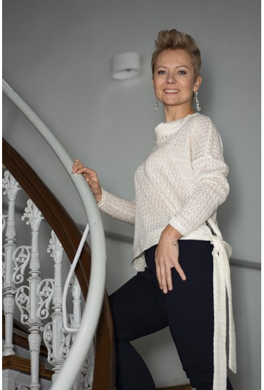 Sweterek EVITA kremowy